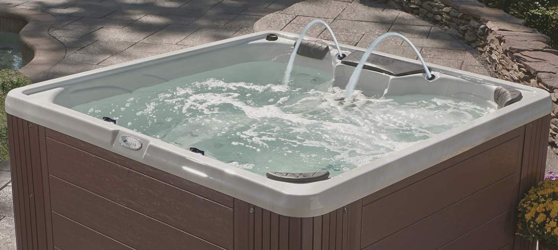 Essential-Hot-Tubs-30-Jets-Adelaide-Hot-Tub-Outside-Feature-Banner